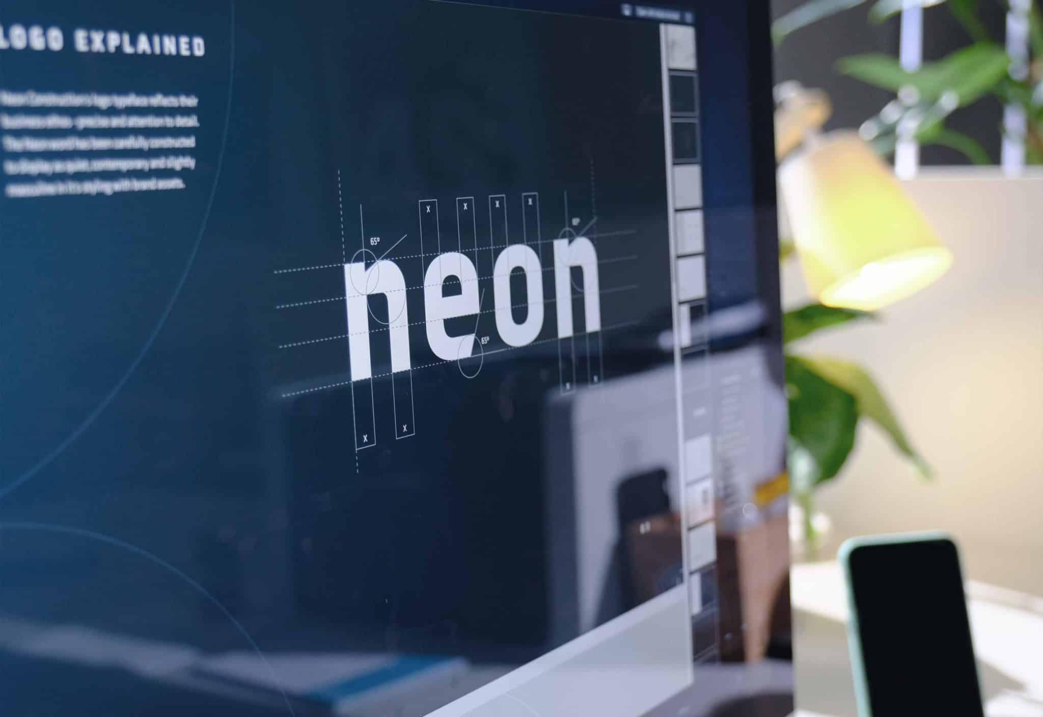 5 4S Work Neon Screen